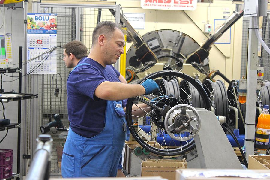 visite-BMW-moto-usine-5