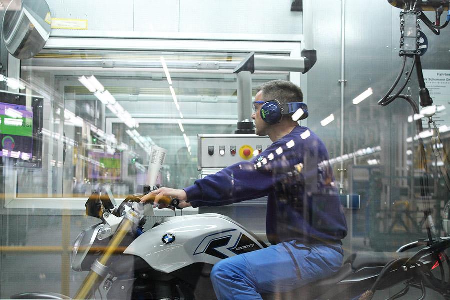 visite-BMW-moto-usine-7