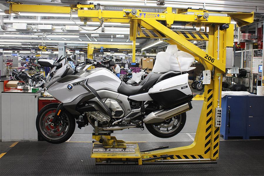 visite-BMW-moto-usine-9