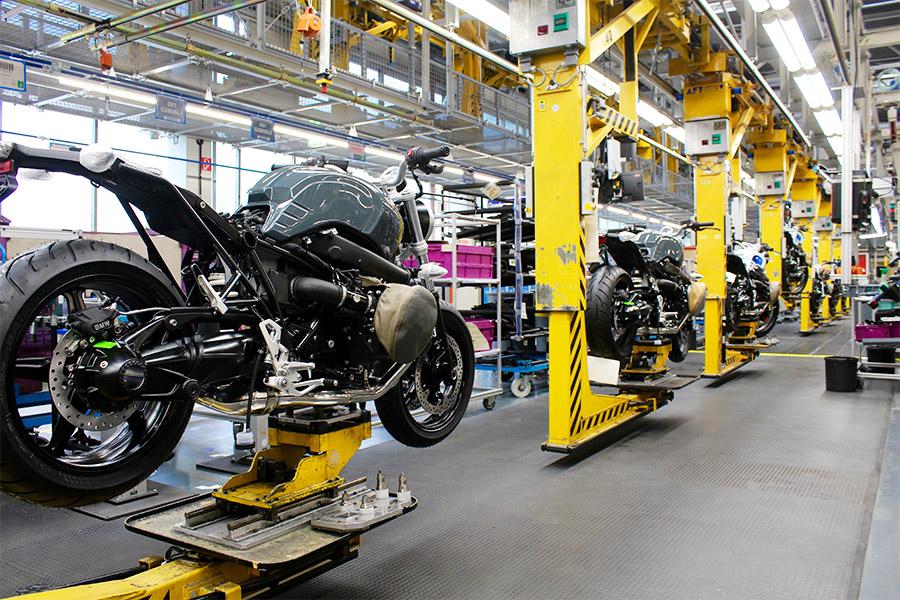 visite-BMW-moto-usine-99