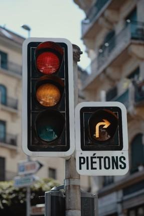 red light and orange arrow